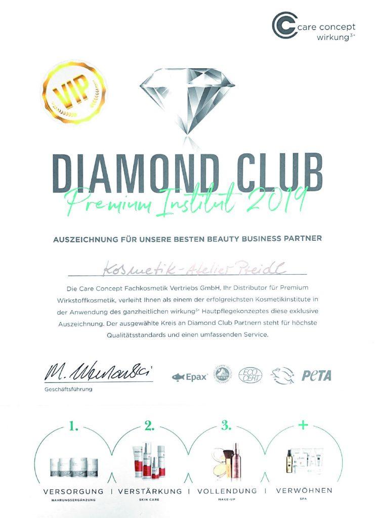 2019-11-09-Diamond-Club-741x1024